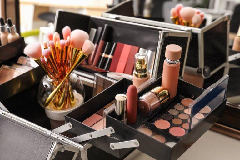 køb makeup opbevaring til skuffer, badeværelse og sminkebord
